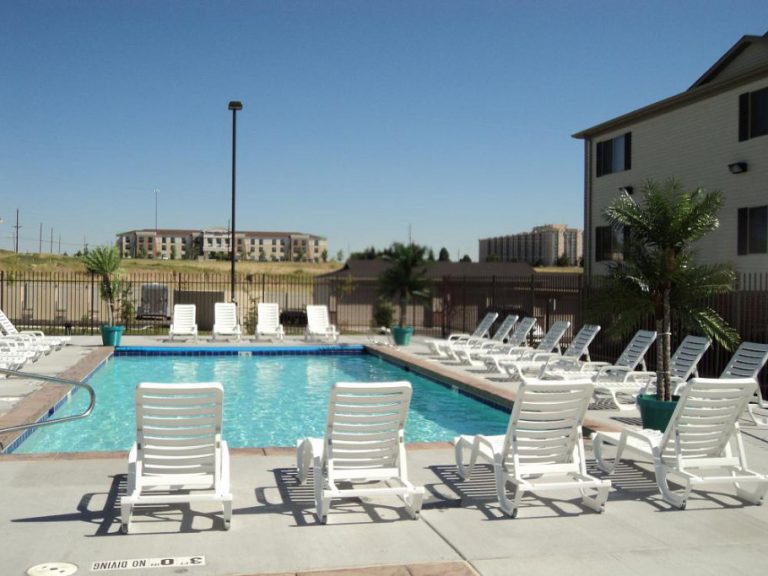 Pool at Sundance Apartments